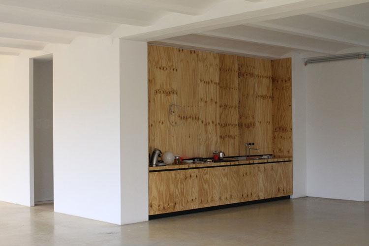 Dorten Büroausbau | MUH | Teeküche aus Paketsperrholz