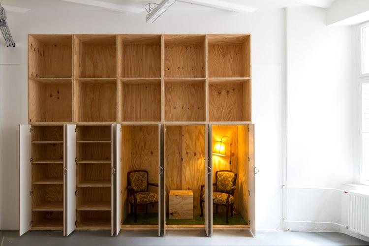 Büroausbau launchlabs   MUH   Schrankwand offen mit Raum